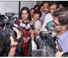 Ms. Runa Laila at press meeting